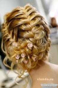 Плетение кос и создание причесок с