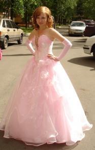 розовое вечернее или свадебное платье